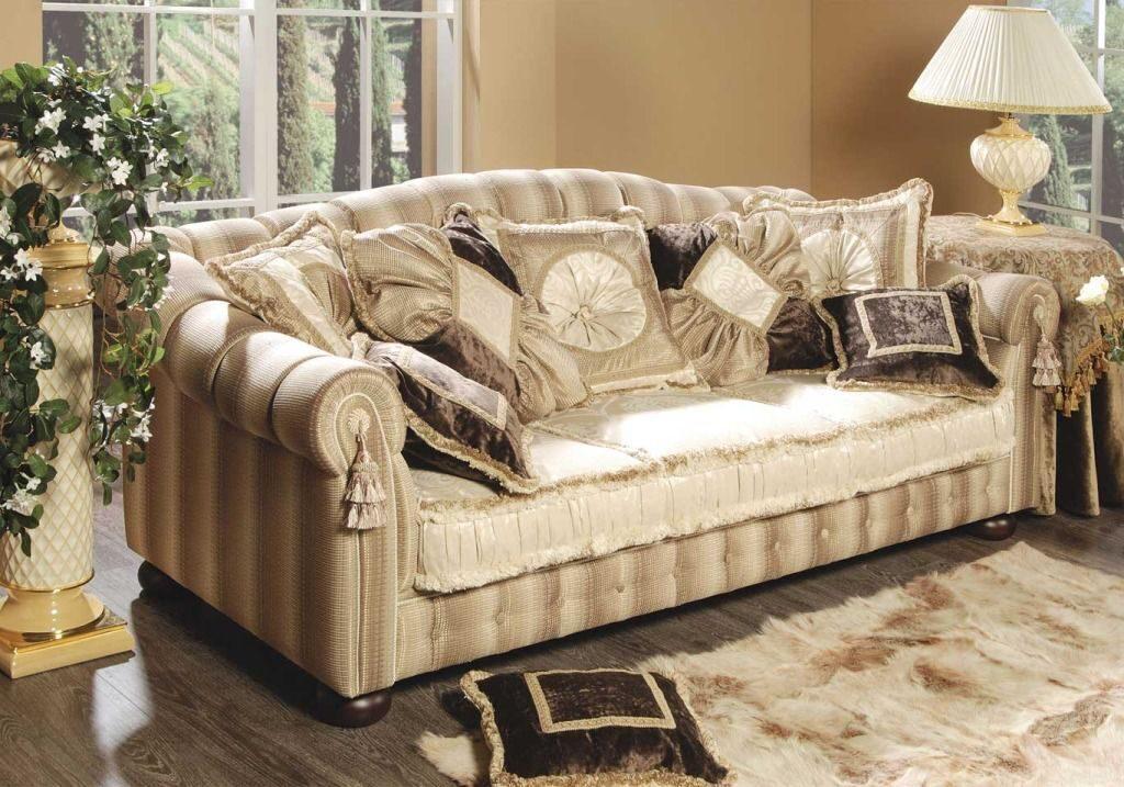 Декоративные подушки на диван фото